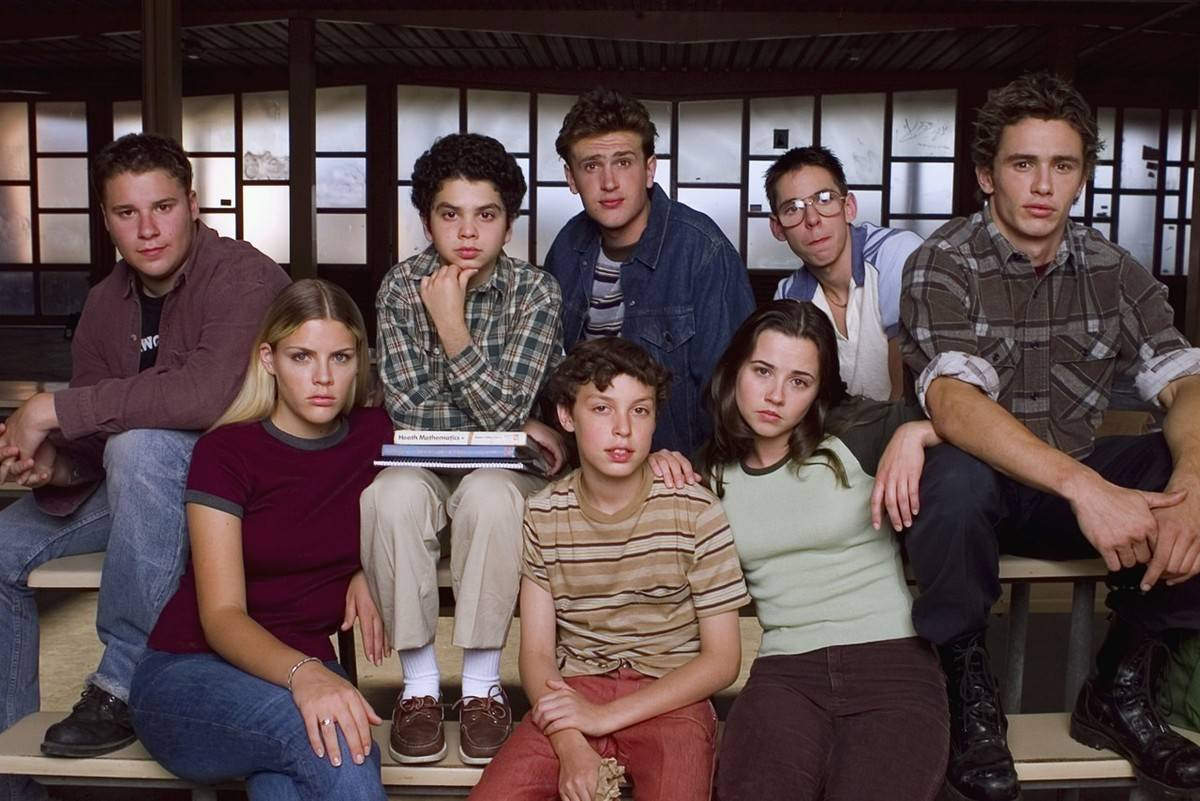 Picture of cast