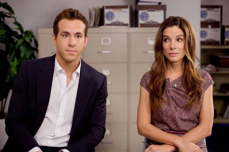 Ryan Reynolds and Sandra Bullock in the proposal