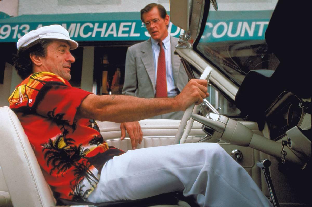 Robert De Niro driving a car in cape fear