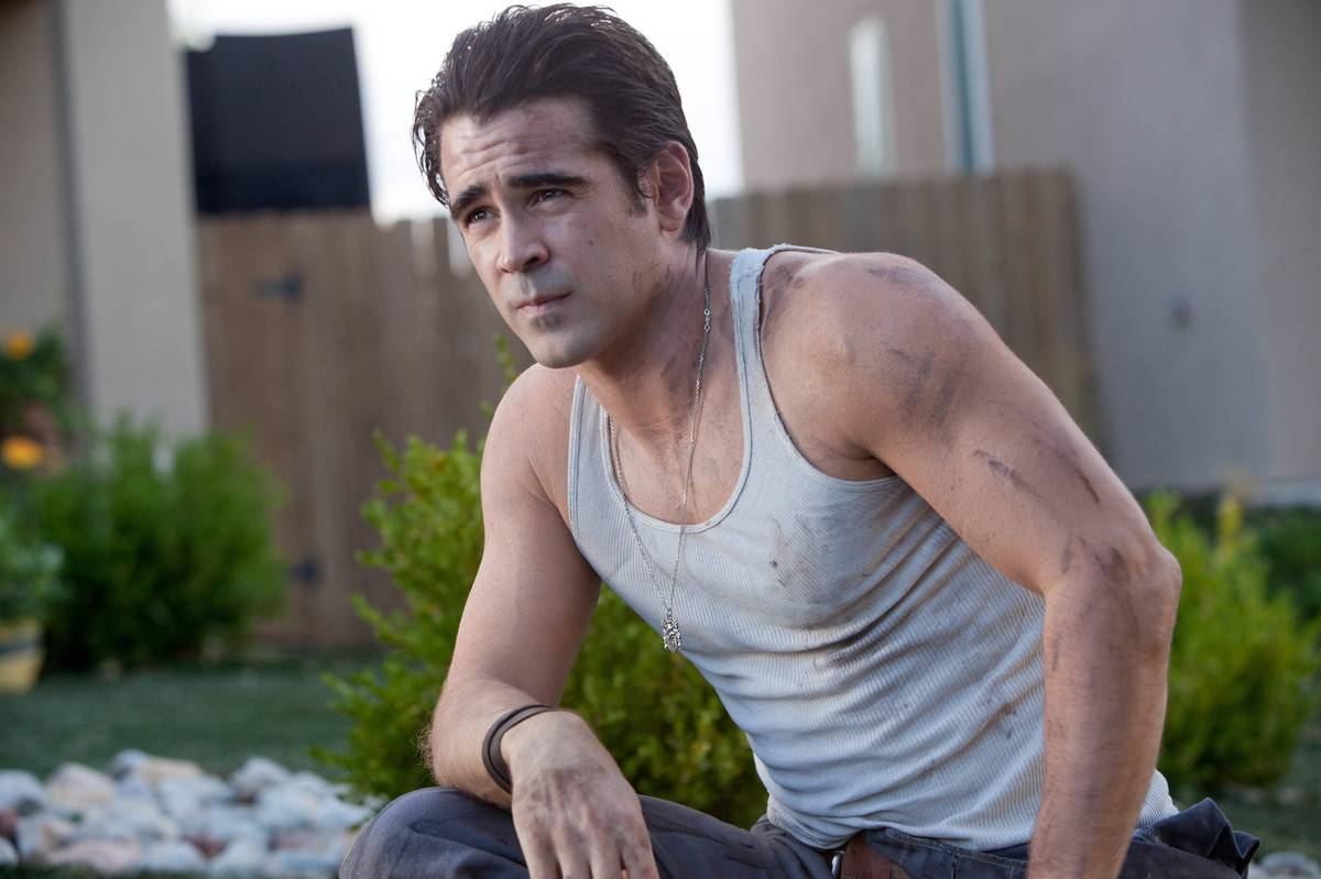 Colin Farrell with dirt on his arm in fright night