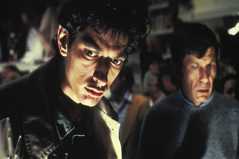 Jeff Goldblum and Leonard Nimoy in invasion of the body snatchers