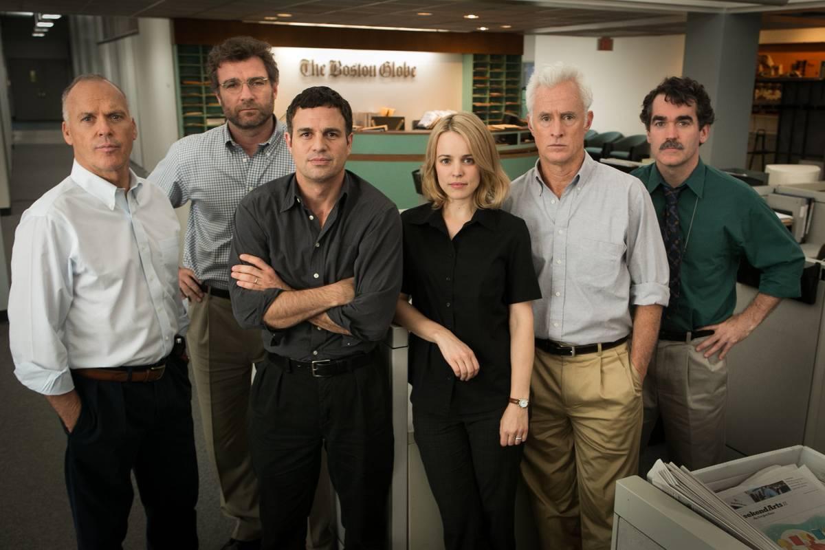 the cast of spotlight in the boston globe office
