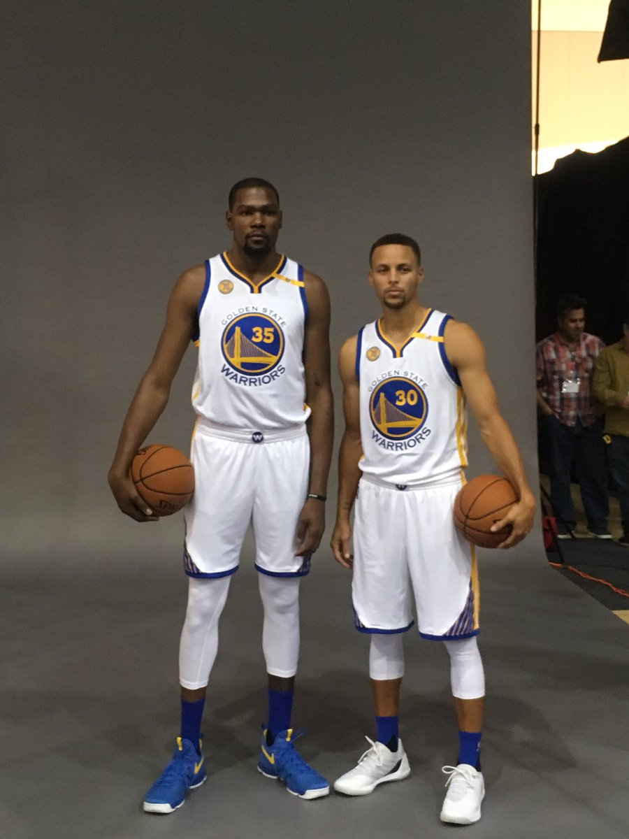 ¿Cuánto mide Kevin Durant? - Real height Steph-and-KD