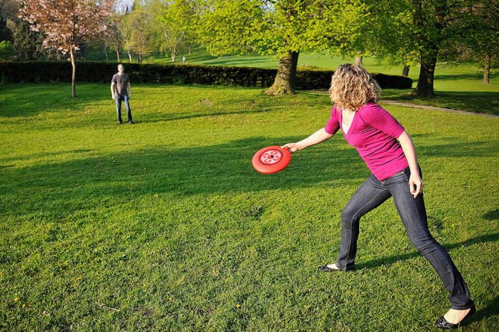 Toss a Frisbee on Your Next Date