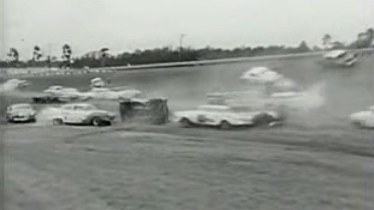 A debacle - 1960.jpg