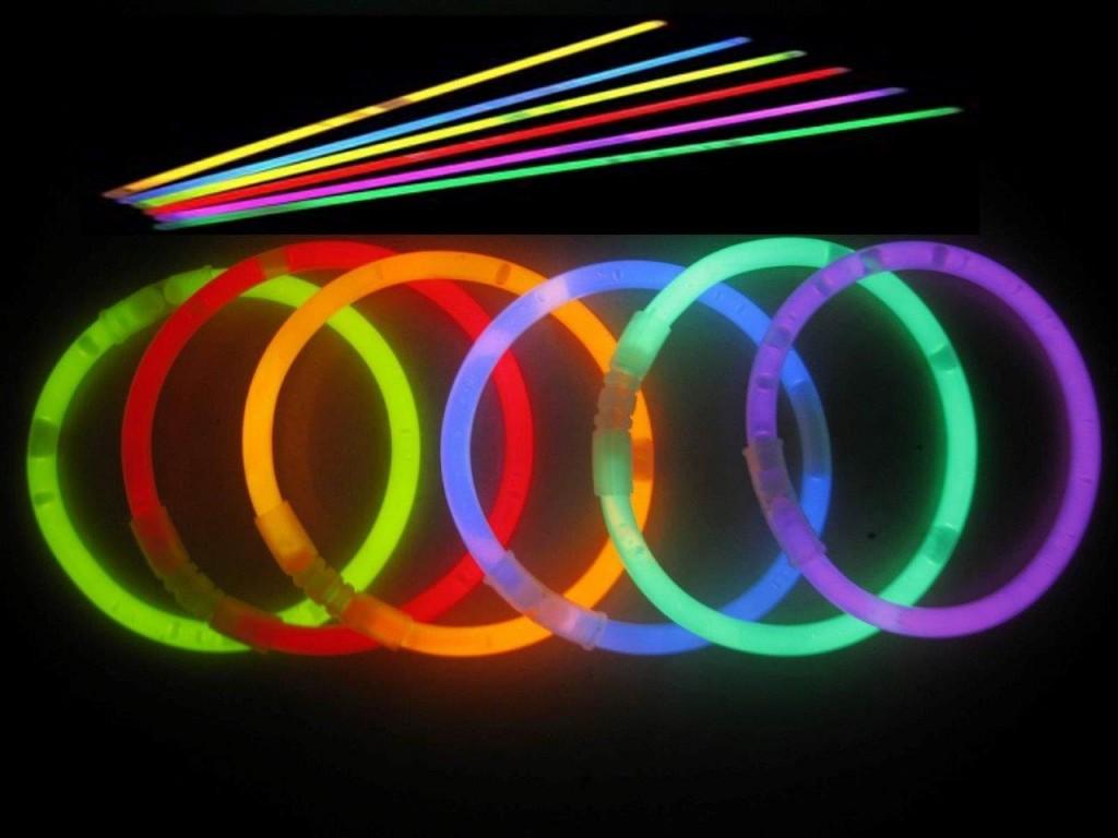 Glow-Sticks-1024x768.jpg