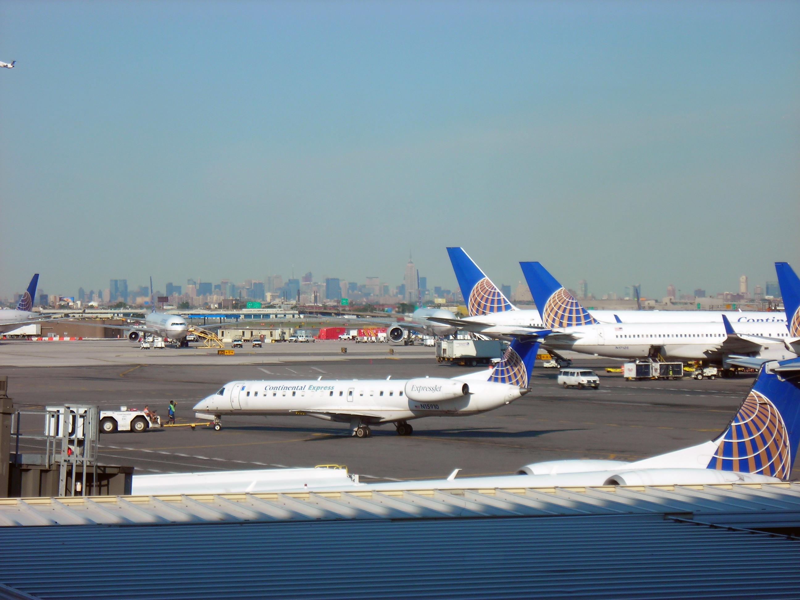 NewarkIntAirport.jpg