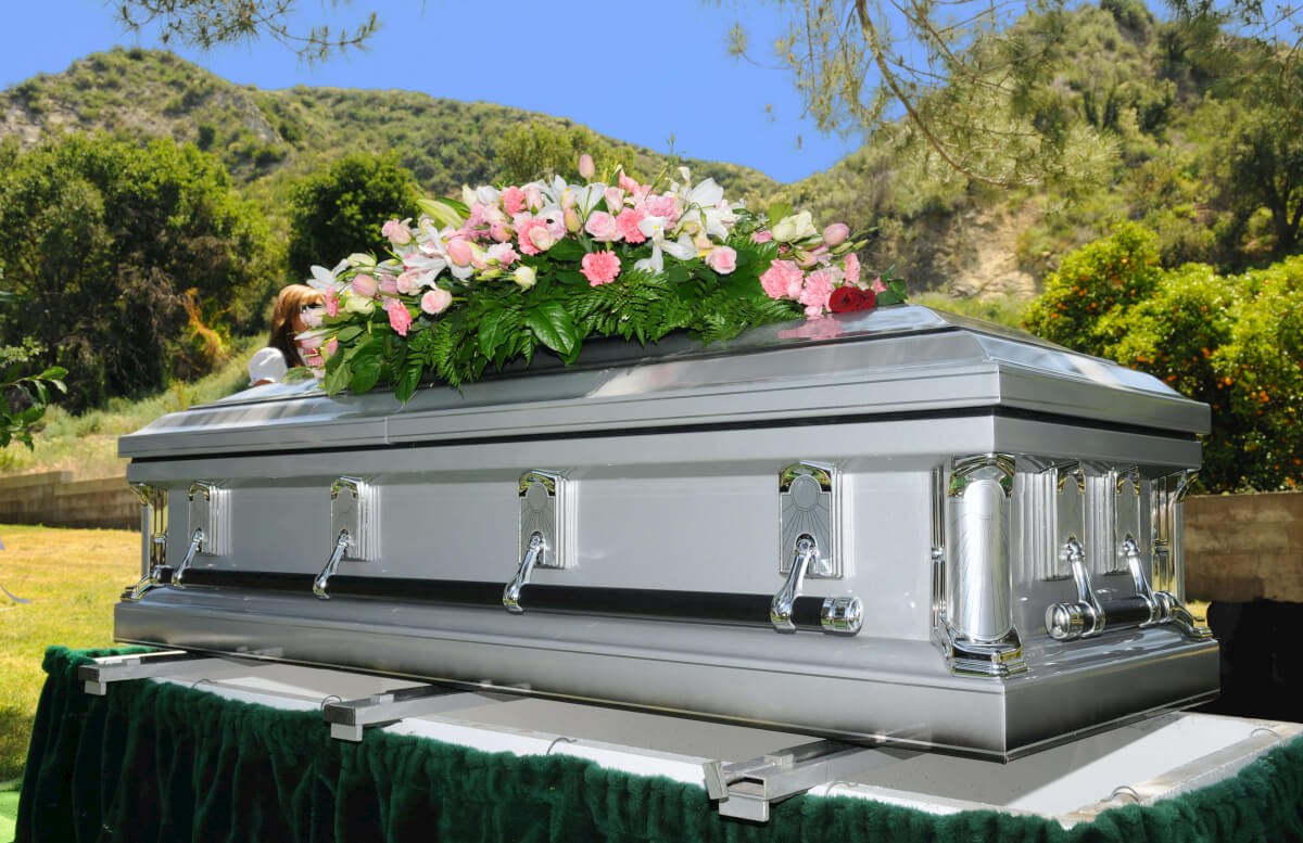 Creeptastic: These Celebs Had Open Casket Funerals. #2 ... Exercise Funny Animals