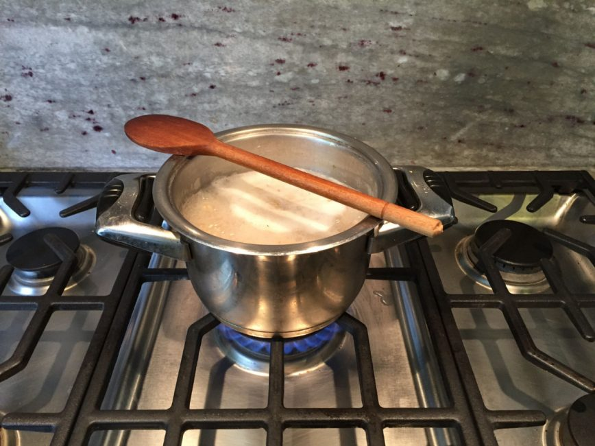 Wooden Spoons Can Stop Over Flowing Pots