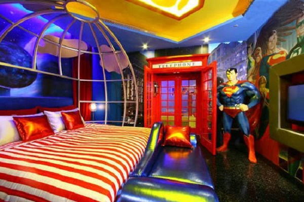 Take Your Kid On A Vacation To Planet Krypton With A Superman Room Add A Life Size Superman In The Corner And A Telephone Booth To Transform From Your