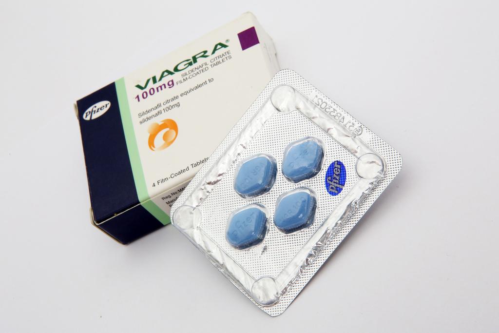 How Viagra Wreaks Havoc On Women s Sex Lives HuffPost