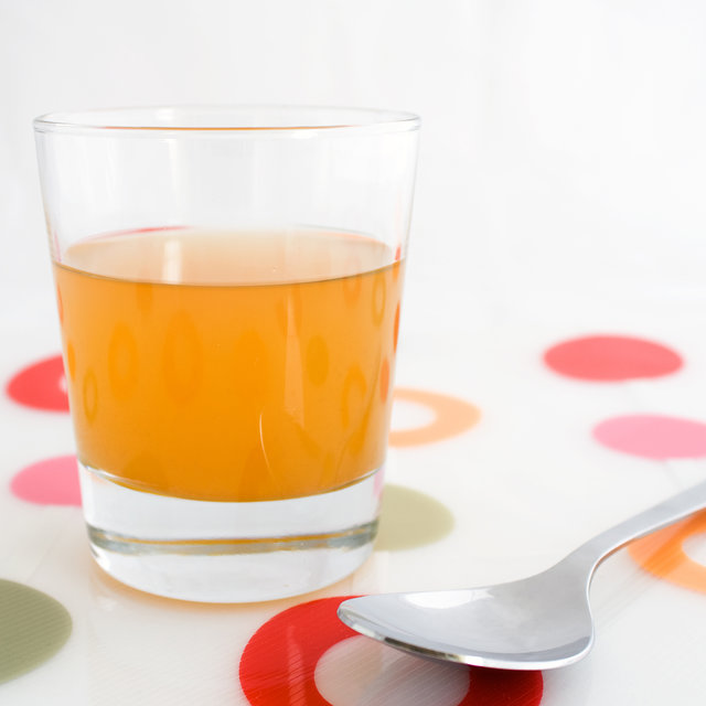 Secrets Only Successful GoodLooking And Healthy Celebrities Know - Secret benefits drinking apple juice