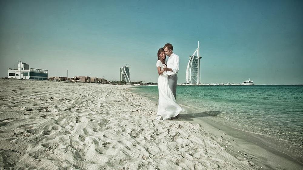 Affair in Dubai