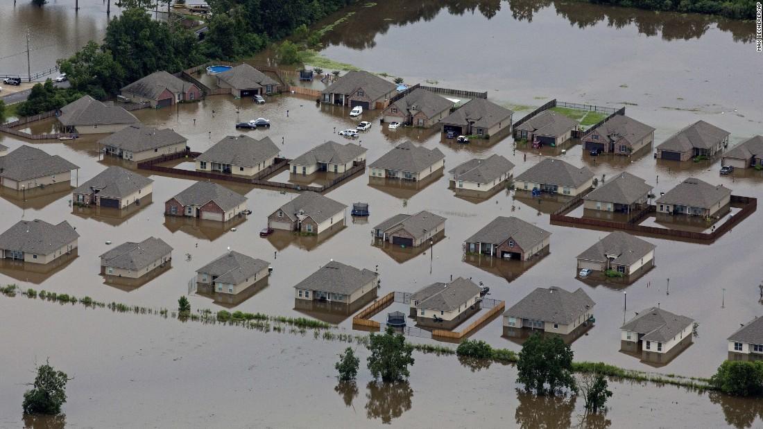 Louisiana Flood: The Water Swept Them Away