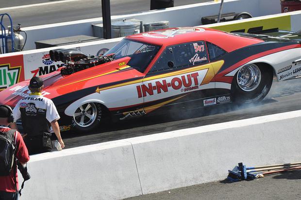 In-N-Out Loves Drag Racing