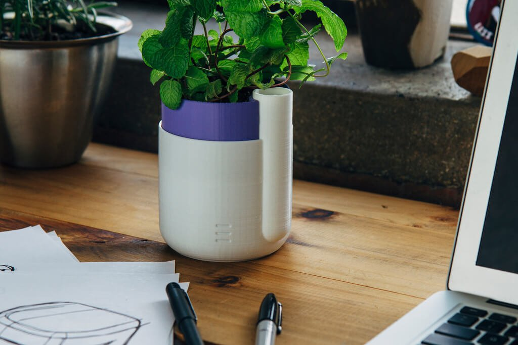 The Self-Watering Planter