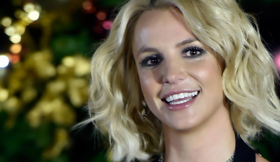 Britney Spears – Nervous Breakdown