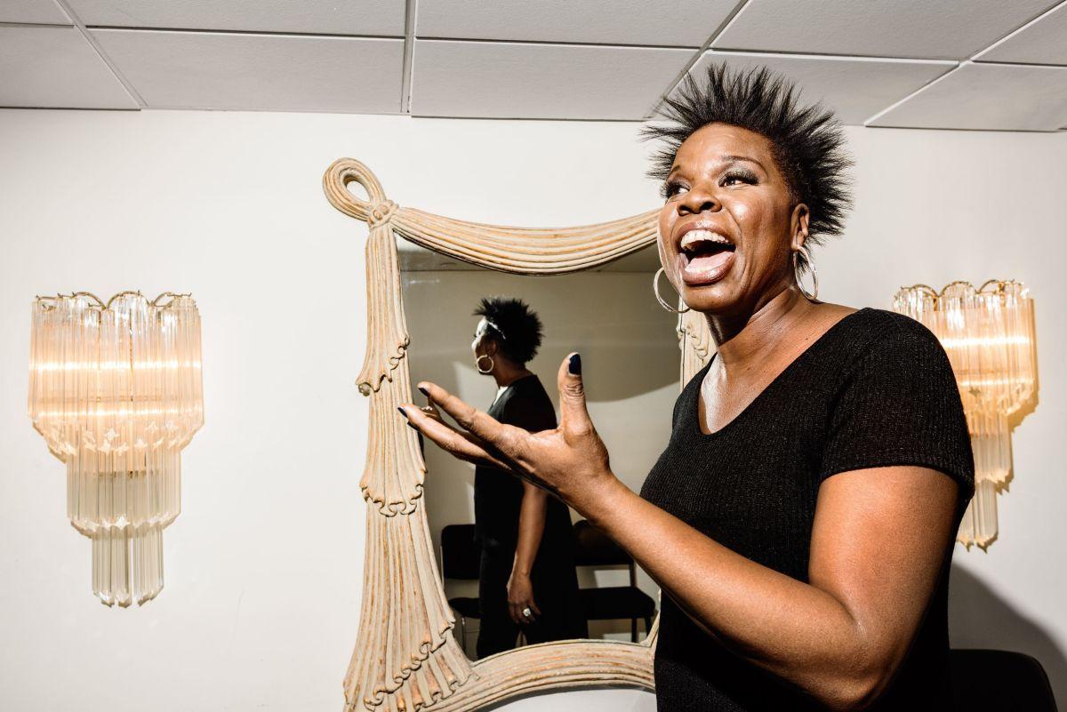 Leslie Jones Tells Slave Jokes on SNL