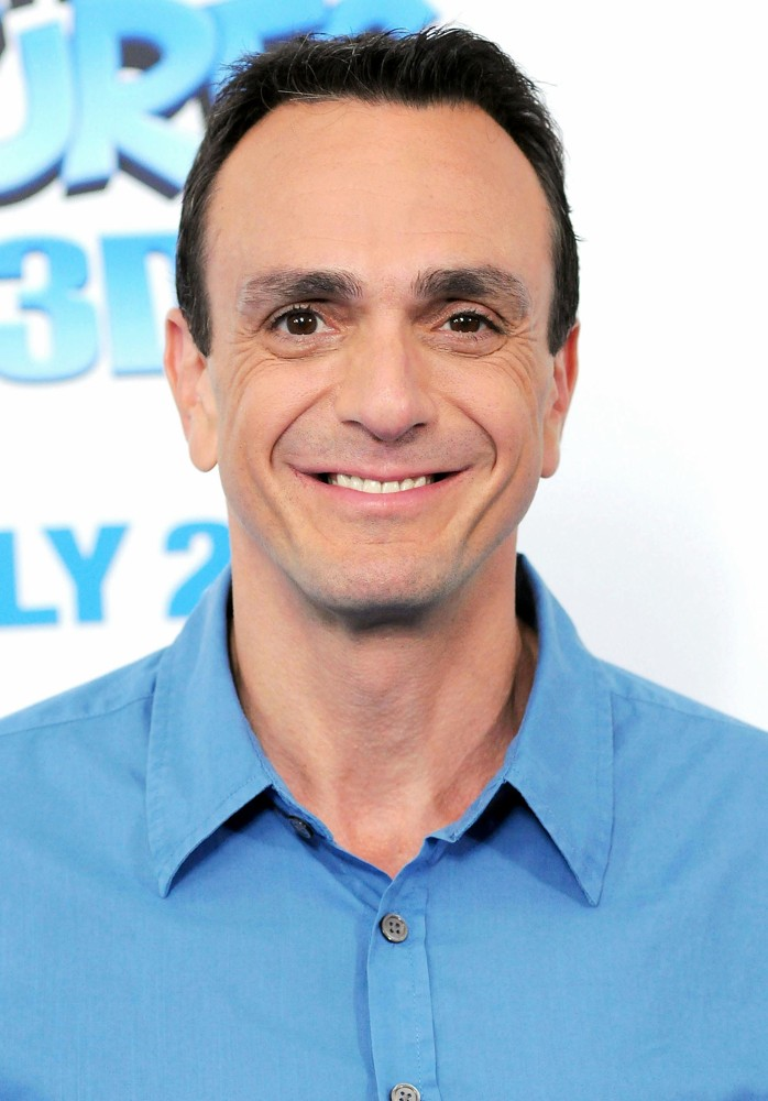 You Might Not Recognize Hank Azaria