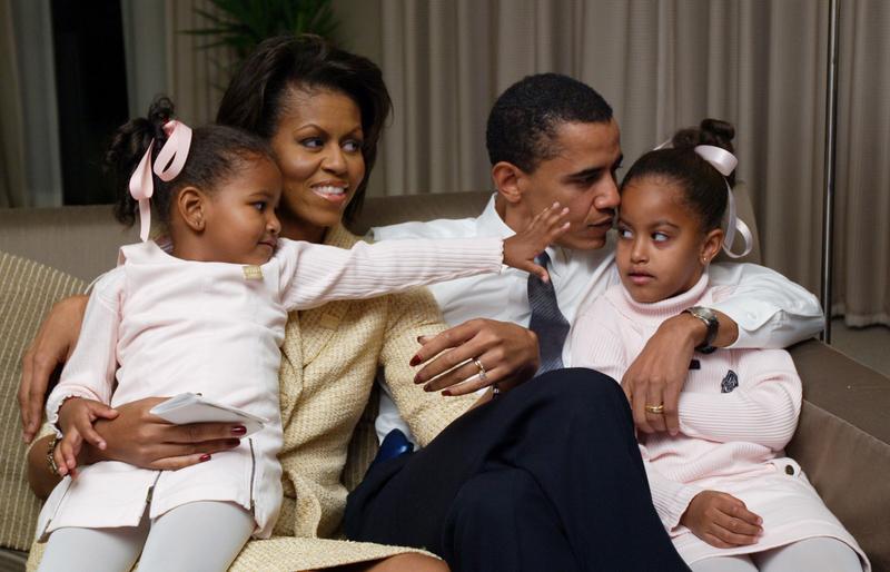 obamagirls2.jpg