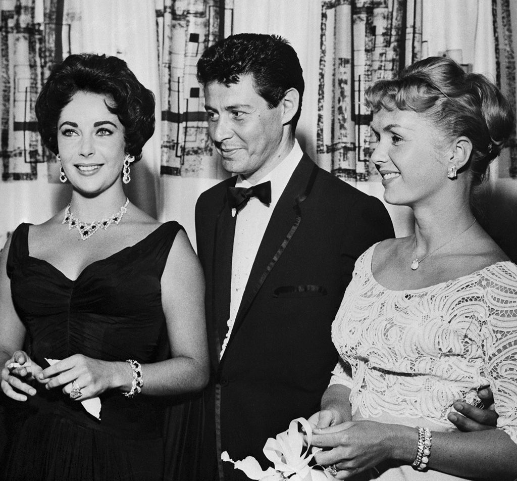 Carrie's Father Ran off With Elizabeth Taylor