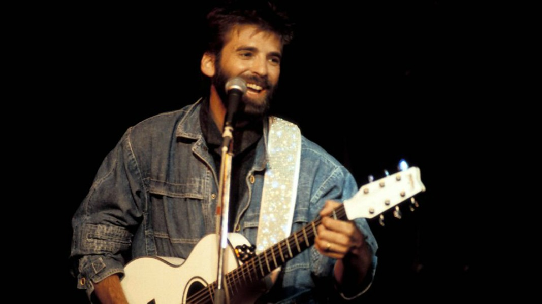 """The Danger Zone"" Almost Wasn't a Loggins Song"