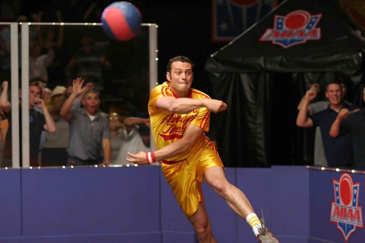 vince-vaughn-in-dodgeball-en-komedi-som-siktar-lågt-(2004).jpg