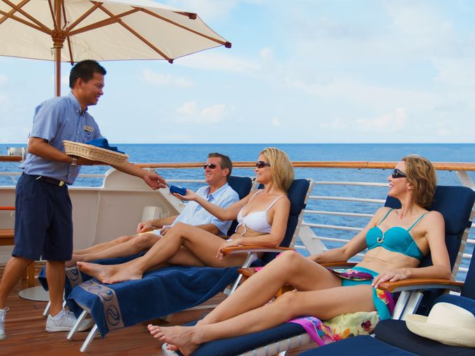The Secret Lives Of Cruise Ship Workers Page Of - How many crew members on a cruise ship