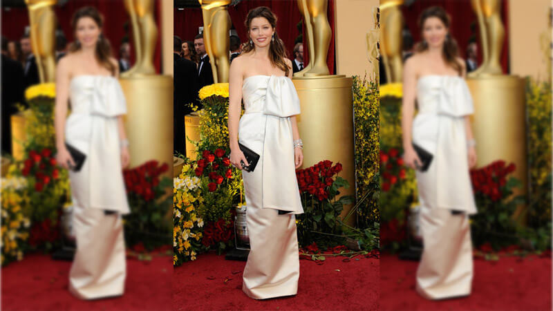 Jessica Biel's Just Rolled Out of Bed Look