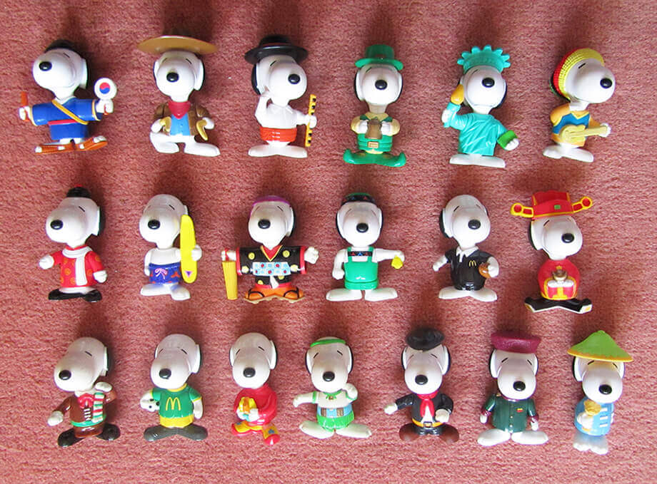 1999-Snoopy-world-tour-2-21-in-set-2-missing-hat-width920.jpg