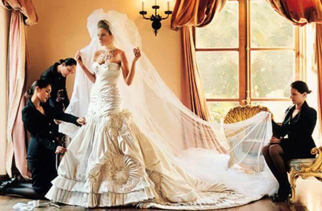 Melania_Knauss_Wedding_Dress_.jpg