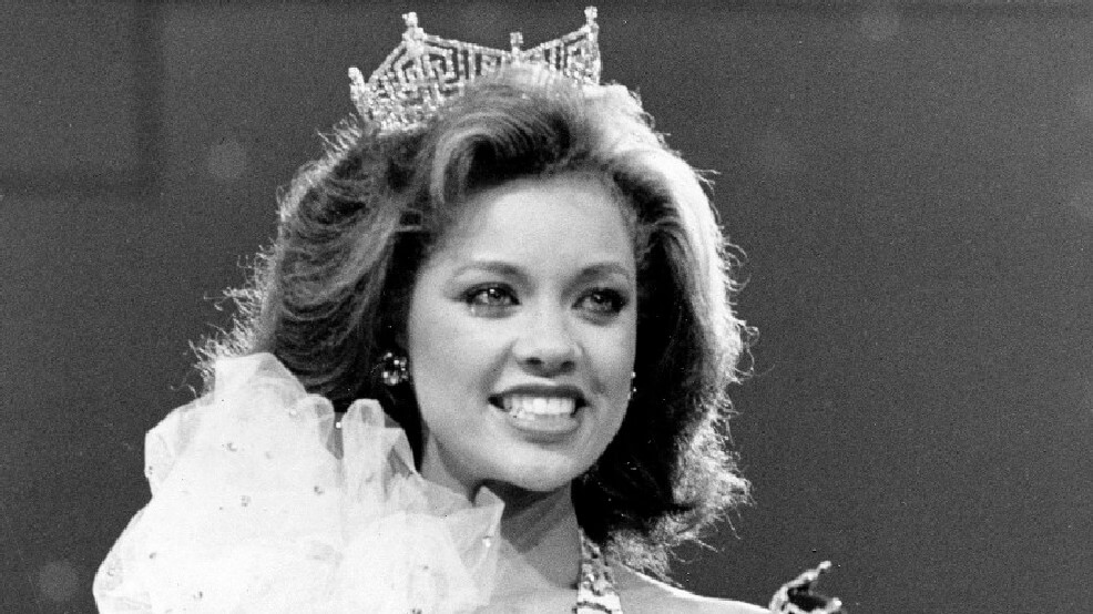 Vanessa Williams Is Stripped Of Her Crown