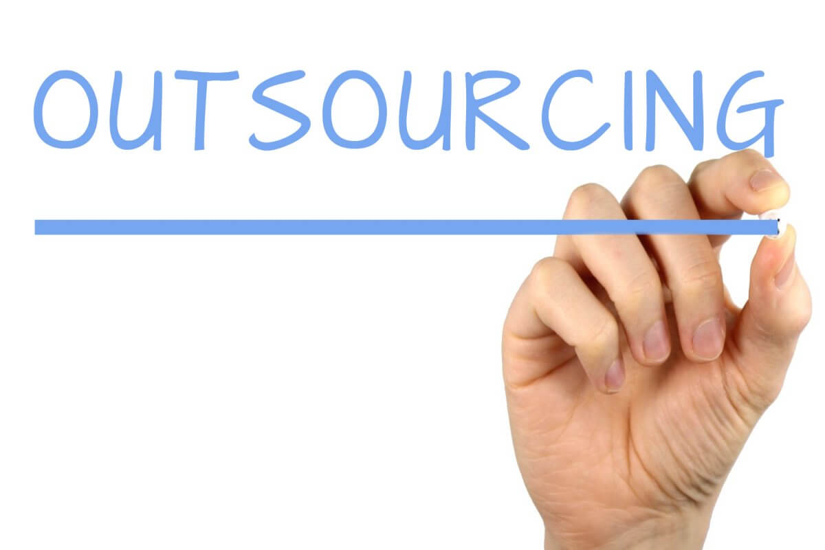 006-away-with-outsourcing-2937351.jpg