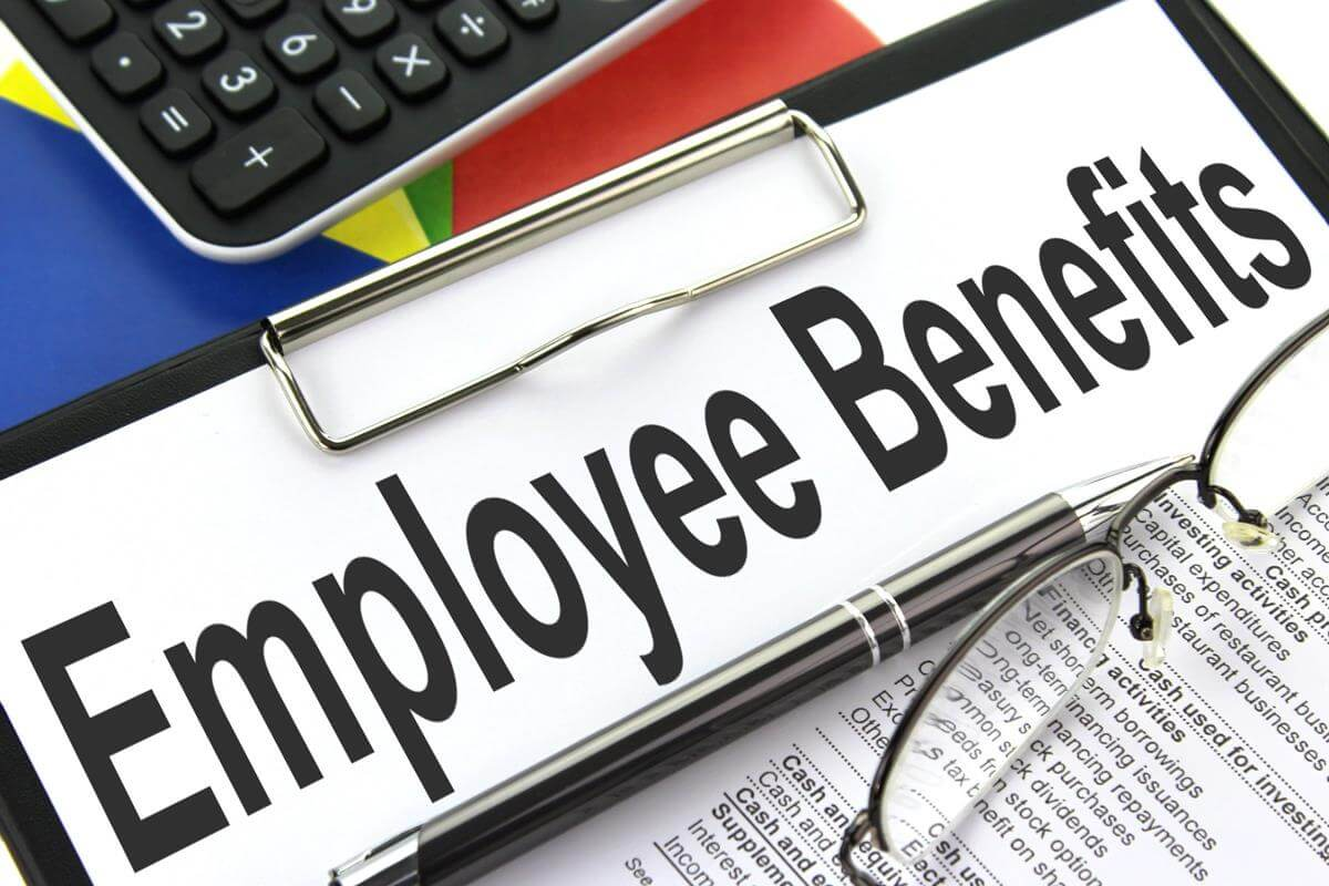 008-introduced-employee-benefits-2937367.jpg