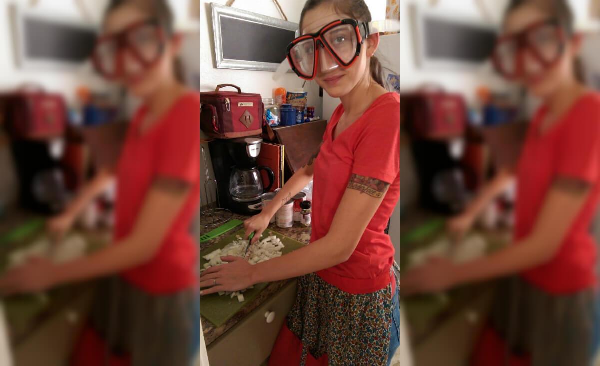 Cutting Onions.jpg