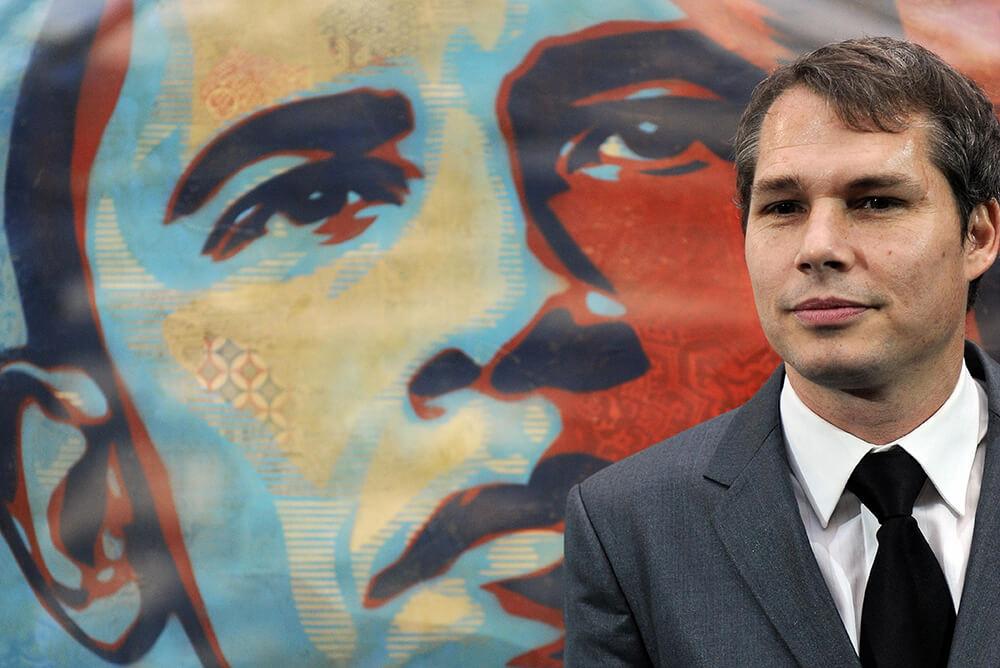 shepard-fairey-obama-poster-hope-1234124.jpg