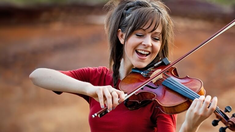 Lindsey Stirling 2.jpg