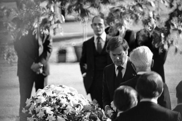 Natalie Wood Funeral 1981