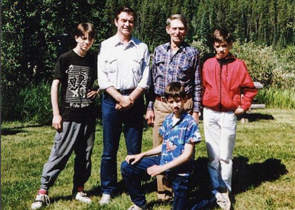 The Scott Family.jpg