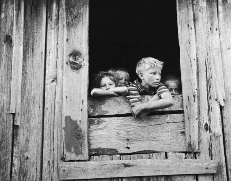 window-kids.jpg