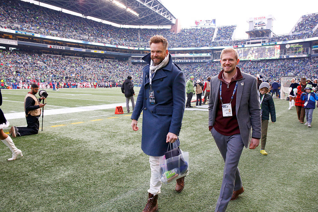 Joel McHale is a Talented Football Player