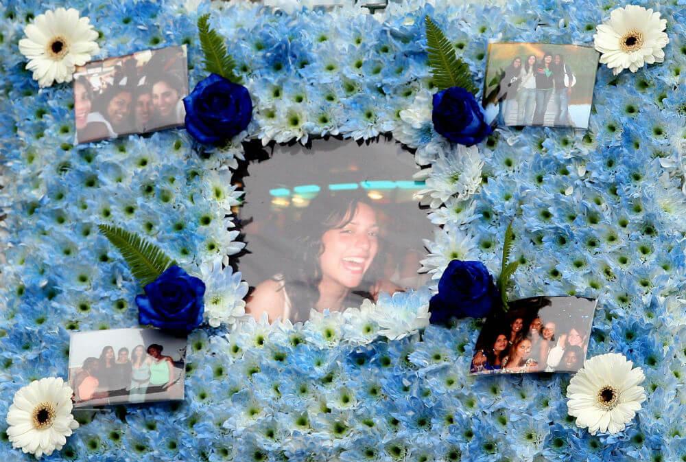 Meredith Kercher Funeral.jpg