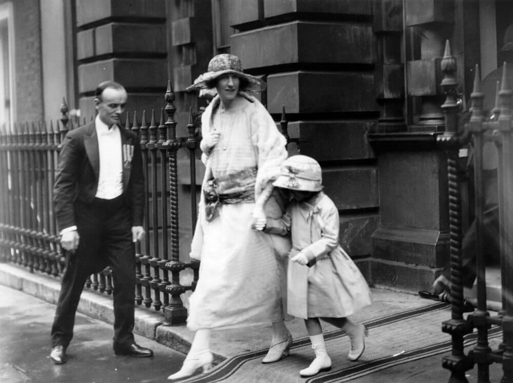 The Queen's Cousins.jpg