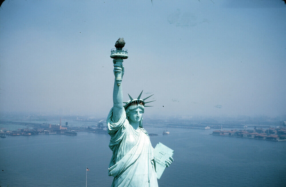statue-of-liberty-_jan1942_006-48891.jpg