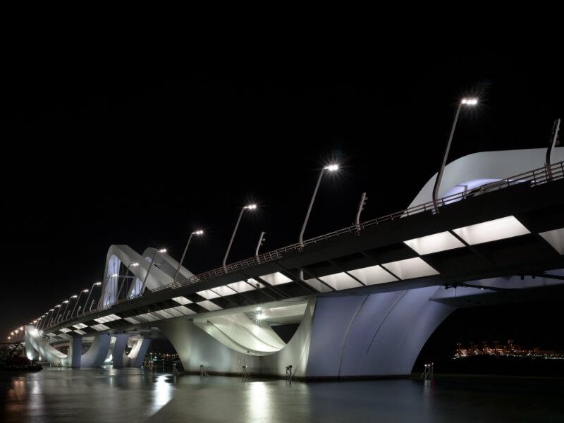 Sheikh Zayed Bridge.jpg